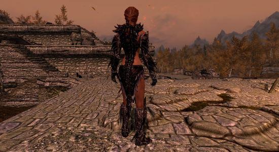 Реплейсер женской версии даэдрика для TES V: Skyrim